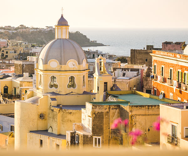 Thing to do and experience around Procida: Arts and Culture